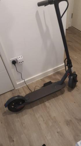 AOVO pro Original Electric Scooter | three speed mode, 30km mileage, APP remote control secure lock, Ultra-light & folding photo review